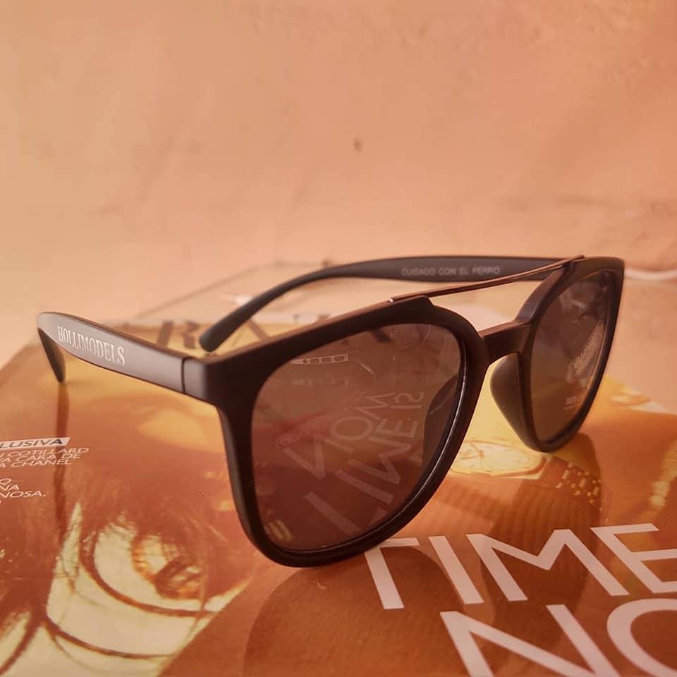 Gafas de sol Hollimodels colaboración
