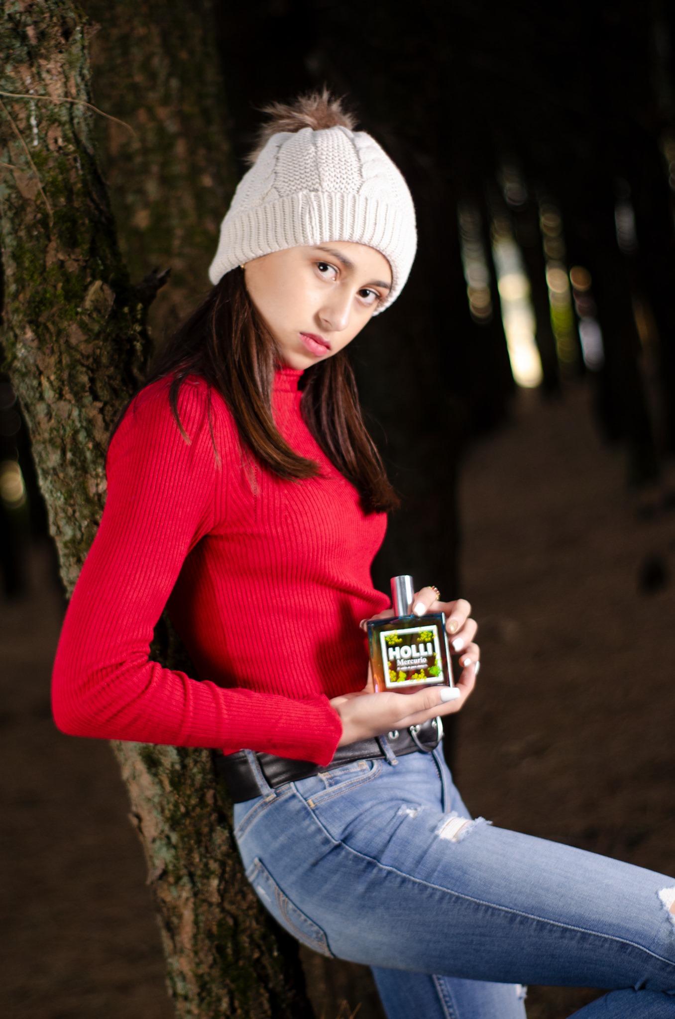 Campaña Perfume Holli Diciembre 2020