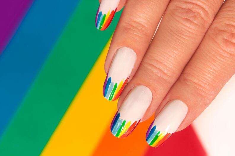 Diseños de uñas que puedes crear tu misma para lucir increíble este verano