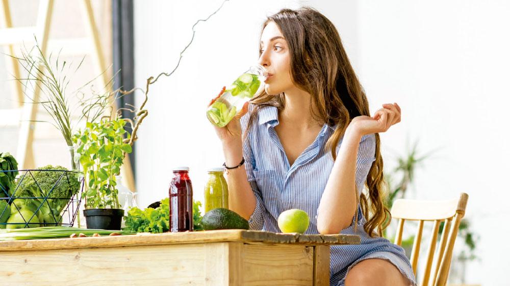 Formas de beber agua para desintoxicar tu organismo y estar saludable. ¡Son deliciosas!